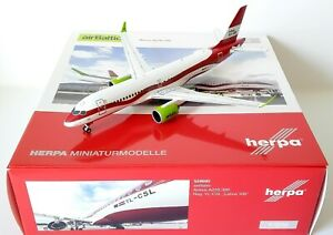 Herpa 1:200 Airbus A220-300 airBaltic Latvia 100 with Stand Reg : YL-CSL 559690