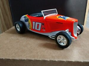 1998 Racing Champions Stock Rods 1933 Ford Roadster Tide Ricky Rudd 1:24 Scale
