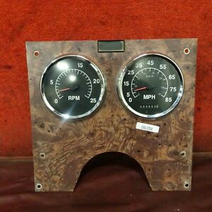 2002 International 9200 Main Gauge Panel Assembly  09-253 NO RESERVE!