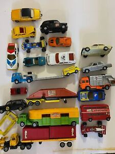 Vintage Lot of CORGI Toys Classics Major Cars Trucks Busses Semi-Trucks Trailer