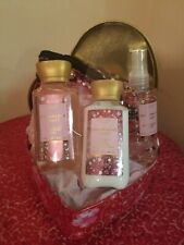 🌷Happy Mother's Day Woman Spa Gift Set Bath & Body Works   Beautiful  Travel