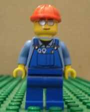 LEGO MINIFIGURE–TOWN CITY–OVERALLS w/TOOLS, SILVER SUNS, RED HARDHAT–GENTLY USED