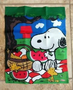 Peanuts Snoopy Woodstock Picnic 12x18 inches Garden Flag Summer/Spring