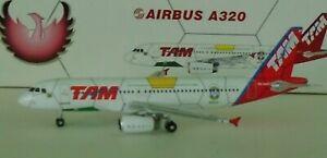 Phoenix 1:400 Scale  TAM Airlines A320   #PR-MAP   - 10421