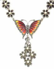 Collar de joyería con gemas multicolores