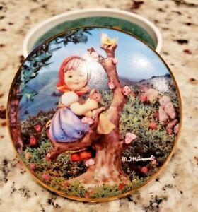 "1993 Hummel Music Box ""Apple Tree Girl"" Limited Edition"