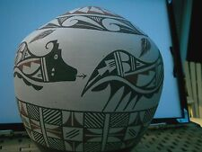 Native American Indian Pottery:renowned JEMEZ artist Tofoya 1990 . New Mexico