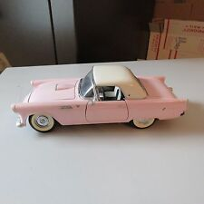 1955 FORD THUNDERBIRD ROAD SIGNATURE 1:18 SCALE DIE CAST PINK