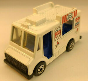 Diecast Toy Car Hotwheels Blackwall BW Good Humor Ice Cream Truck Red Tampo