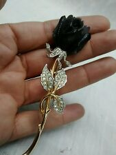 Pretty  vintage Boucher black rose clear rhinestone gold tone pin brooch