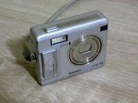Fujifilm FinePix F Series F440 4.1 MP Digital Camera - Silver