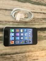 Apple iPod touch 4th Generation Black (32 GB). FLAWLESS SCREEN