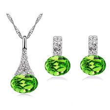 Cristallo Diamante Verde gioielleria set di Orecchini a lobo e ciondolo collana