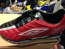UMBRO FIFTY BLACK/R footbal trainerst in MAN  leather size 2  5  5.5 uk at £12