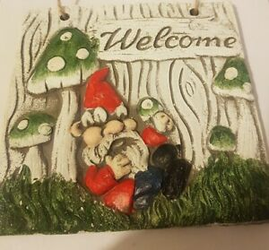 Garden Gnomes Plaque Wall Art Outdoor Wall Fence Decor Hanging Welcome Sign