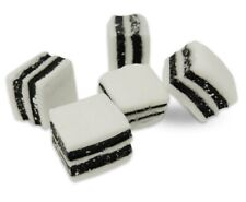 TAVENERS BLACK AND WHITE LIQUORICE MINTS 1KG BAG TRADITIONAL SWEETS
