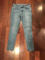 Old Navy Womens Super Skinny Denim Jeans Size 6 Mid-Rise.     C7
