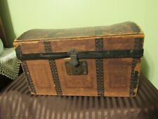 """Antique/Vintage Doll Trunk Wood & Metal 7""""1/2 In. Tall"""