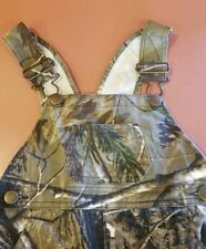 Bass Pro Shop Realtree Overalls 2T EUC no flaws