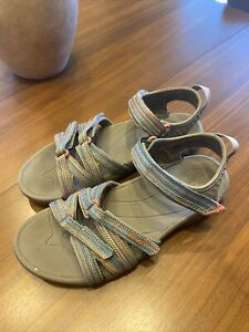 Teva Women's Tirra Walking Sandals size 8 Taupe Multicolor