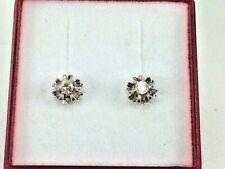 ad04781135de Pendientes Oro Blan de ley 18 Kilates (750 M.) con diamante. Cierre