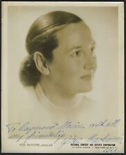 Gina BACHAUER (Pianist): Signed Photograph