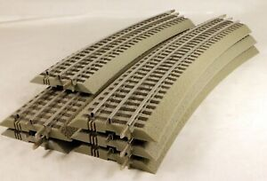 (5) Lionel O-72 & (1) O-60 Fastrack Curved Sections O Gauge