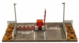 Modern Security Gate Kit - OO/HO gauge Wills SSM323