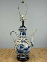 Chinoiserie Blue and White Crackle Porcelain Antique Style Lamp