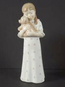 ROYAL COPENHAGEN PORCELAIN FIGURINE YOUNG GIRL WITH TEDDY #5655