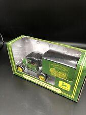 Ertl 1918 Vintage Runabout Tractor Trailer John Deere 15025