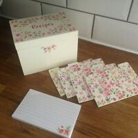 Pretty white/ditsy floral RECIPE revision CARD filing storage box