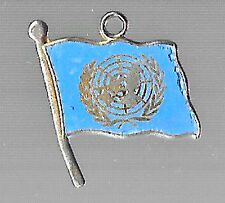 LAPEL HAT PIN VINTAGE RARE PENDANT UN UNITED NATIONS FLAG KOREAN WAR 1950s MASH
