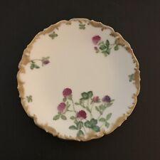 Limoges T & V Clover Flowers Heavy Gilded Gold Scalloped Edge Plate DULIN 7  3/8