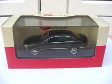 Nissan Cima 450 VIP super black J-Collection JC08026BK MIB 1:43 n infiniti