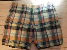 Tommy Bahama Relax Men's big and tall short's size 46 plaid and flat front.