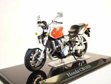 Moto HONDA CB1300SF blanc 1/24