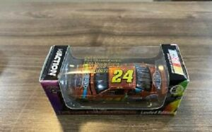 JEFF GORDON 1998 DUPONT CHROMALUSION 1/64 RCCA ACTION DIECAST CAR 1/15,000