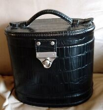 Super Cute Black Makeup, Cosmetic, Train Case, Luggage