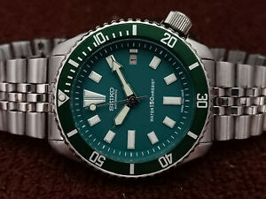 STUNNING GREEN FACE MOD SEIKO DIVER 7002-7000 AUTOMATIC MEN'S WATCH SN 271653