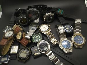 Lot of 18 Casio Men's Watches Vintage and Modern
