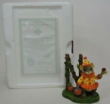 CHARMING TAILS DON'T CLOWN AROUND WITH ME FIGURINE-BEWITCHING HALLOWEEN