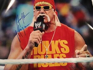 HULK HOGAN Authentic Autograph 16x20 Wrestlemania Photo Tri-Star Cert