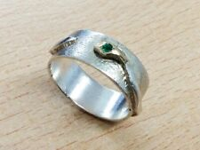 STERLING SILVER & EMERALD SNAKE RING SIZE T