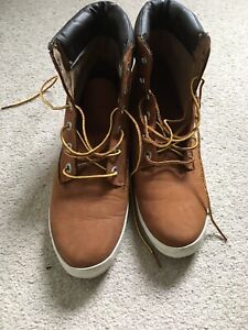 Timberland Boots Earthkeeper Size 7.5 VGC