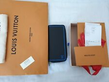 Louis Vuitton Taiga leather Zippy Long Wallet in MINT condition- Auth-Never used