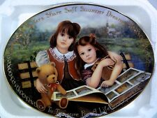 Bradford Exchge Seasons Of Sharing - Sisters Share Soft Summer Dreams Oval Plate