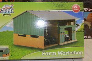 Kids Globe 610410  Werkstatt 51 x 44 x 32 cm  1:32 für Bauernhof Traktor NEU OVP