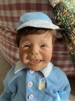 LEE MIDDLETON 1998 Limited Edition Surprise Doll