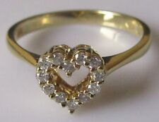 Secondhand 18ct Yellow Gold Multi Diamond (0.14ct)Heart Shape Ring Size M